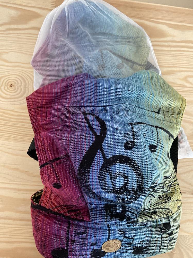 Lenny Lamb Puppentrage - SYMPHONY RAINBOW DARK