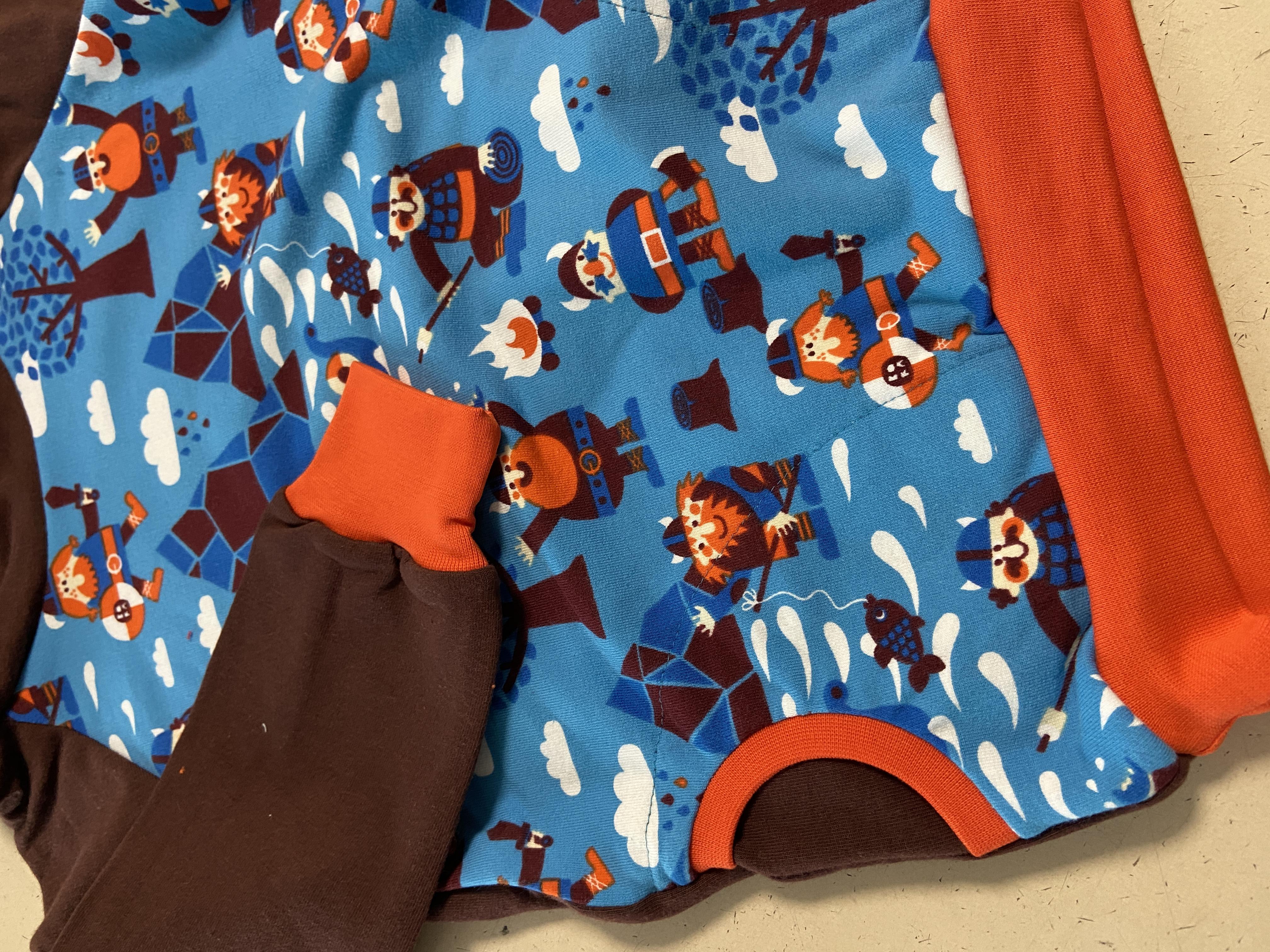 Hoodie / Kapuzen Pullover - Wikinger braun